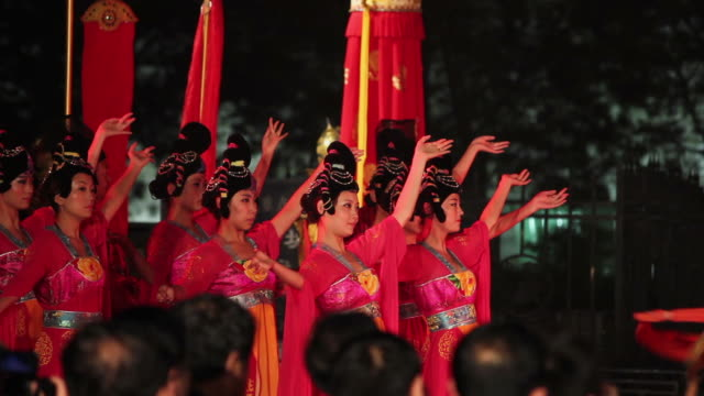 LS Ancient rituals to welcome the guests in front of city wall/xian,shaanxi,China