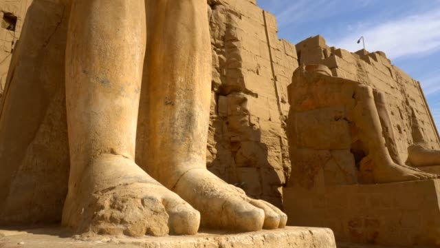 ancient sculptures of karnak temple in luxor. egypt - sito patrimonio dell'umanità unesco video stock e b–roll