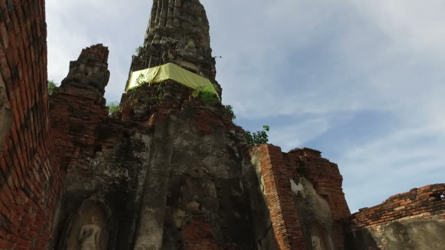 ancient temple in ayuthaya, thailand - ayuthaya province stock videos and b-roll footage