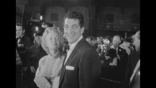 and dean martin with his second wife jeanne martin at pantages theatre for the academy awards - パンテージスシアター点の映像素材/bロール