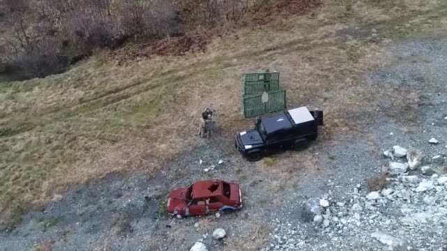 us and slovenian special operations forces converged in serbia to broaden the tactical and technical capabilities of the serbian special... - paratrooper stock videos & royalty-free footage