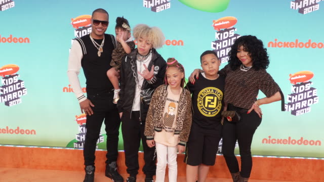 ti and tiny at the nickelodeon's 2019 kids' choice awards at galen center on march 23 2019 in los angeles california - nickelodeon bildbanksvideor och videomaterial från bakom kulisserna