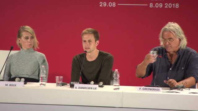 stockvideo's en b-roll-footage met interview anders danielsen lie on playing the most hated man in oslo at '22 july' press conference 75th venice film festival on september 5 2018 in... - filmfestival