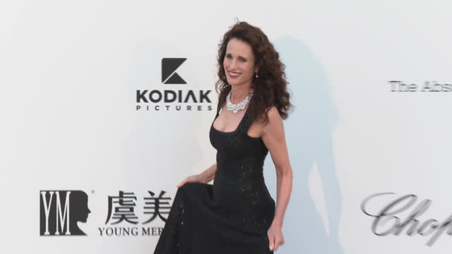 Andie MacDowell at the amfAR Cannes Gala 2019 Arrivals at Hotel du CapEdenRoc on May 23 2019 in Cap d'Antibes France
