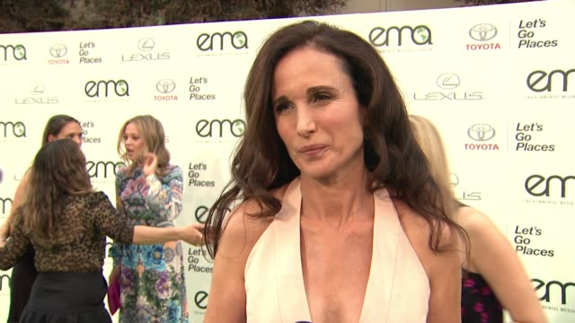 andie macdowell on the event at 25th annual environmental media awards in los angeles, ca 10/24/15 - andie macdowell stock videos & royalty-free footage