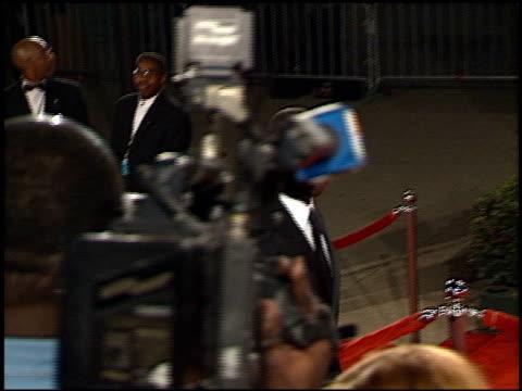 andre braugher at the 2001 people's choice awards at the pasadena civic auditorium in pasadena, california on january 7, 2001. - パサディナ公会堂点の映像素材/bロール