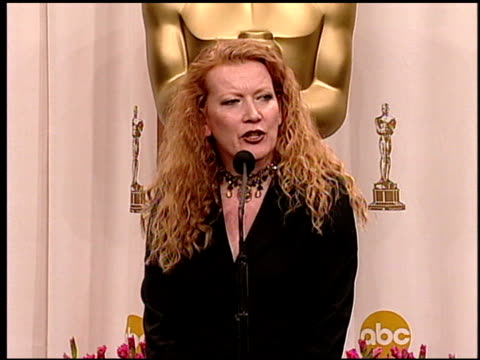 andrea arnold at the 2005 academy awards at the kodak theatre in hollywood, california on february 27, 2005. - 77th annual academy awards stock videos & royalty-free footage