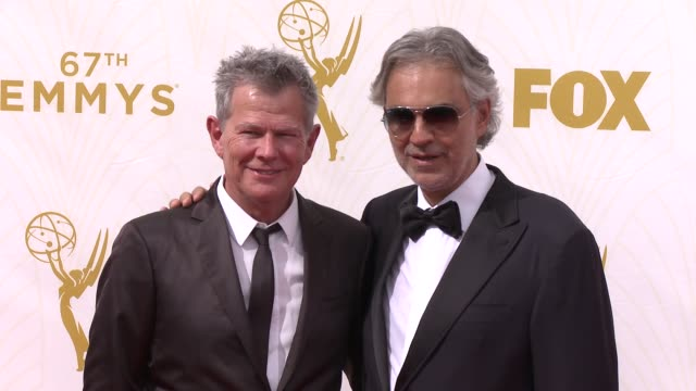 andrea bocelli and david foster at the 67th annual primetime emmy awards at microsoft theater on september 20 2015 in los angeles california - auszeichnung stock-videos und b-roll-filmmaterial