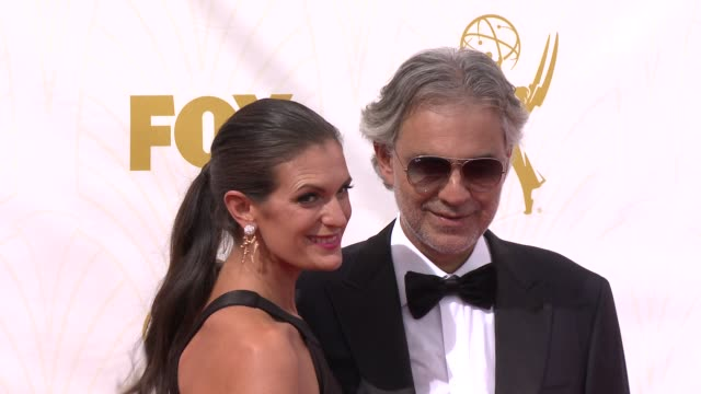 vidéos et rushes de andrea bocelli at the 67th annual primetime emmy awards at microsoft theater on september 20 2015 in los angeles california - andrea bocelli