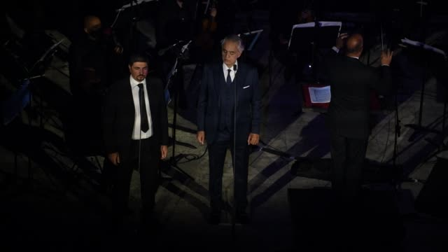 andrea bocelli performs on the steps of the noto cathedral on october 24, 2020 in noto, italy. andrea bocelli's concert took place in noto, a unesco... - andrea bocelli stock videos & royalty-free footage