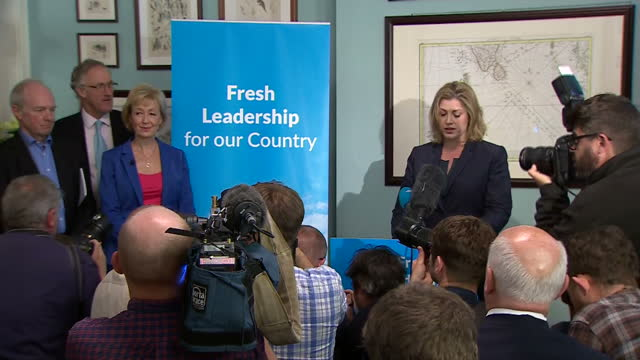 vídeos de stock, filmes e b-roll de andrea leadsom has formally launched her campaign to become conservative party leader she was introduced by supporter penny mordaunt mp - partido conservador britânico