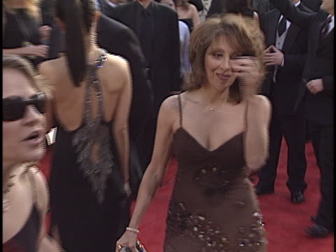 vidéos et rushes de andrea martin at the golden globes 2003 at beverly hilton hotel, beverly hills in beverly hills, ca. - the beverly hilton hotel