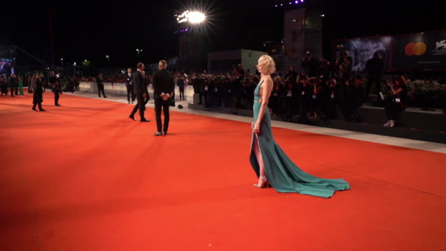 andrea riseborough at 'zerozerozero' red carpet arrivals 76th venice film festival on september 05 2019 in venice italy - 76th venice film festival 2019点の映像素材/bロール