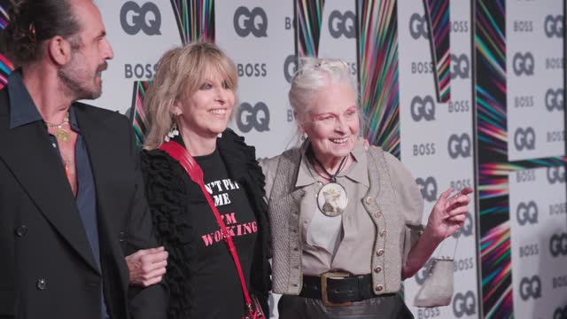 andreas kronthaler, chrissie hynde and vivienne westwood attend the 24th gq men of the year awards in association with boss at tate modern on... - westwood bildbanksvideor och videomaterial från bakom kulisserna