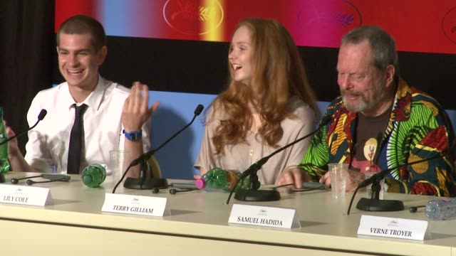 stockvideo's en b-roll-footage met andrew garfield on working with terry gilliam at the cannes film festival 2009 the imaginarium of dr parnassus press conference at cannes - terry gilliam