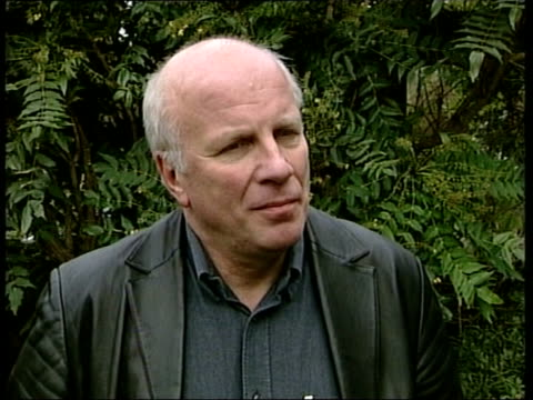 andrew gilligan resigns/greg dyke statement greg dyke interviewed sot i thought alastair was remarkably ungracious / he didn't show that much of... - greg dyke stock videos & royalty-free footage