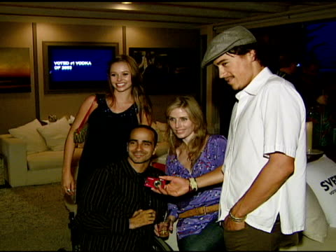 andrew keegan at the ali larter hosts the launch of 2033 the future of misbehavior at polaroid beach house in malibu california on august 3 2007 - ali larter stock videos & royalty-free footage