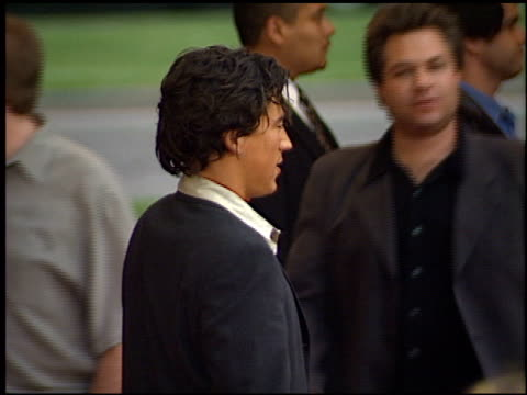 andrew keegan at the 'o' premiere at century plaza in century city, california on august 27, 2001. - century plaza stock videos & royalty-free footage