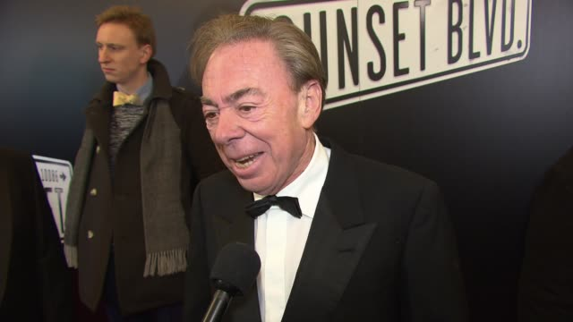 """andrew lloyd webber talks about working with glenn close again at """"sunset boulevard"""" opening night at palace theatre on february 09, 2017 in new york... - グレン・クローズ点の映像素材/bロール"""