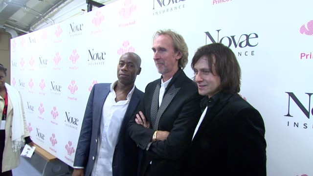 andrew roachford, mike rutherford and tim howar *guardian & telegraph out* at the prince's trust rock gala 2010 backstage reactions at london england. - mike rutherford stock videos & royalty-free footage