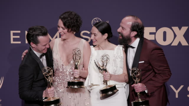 andrew scott, phoebe waller-bridge, sian clifford, and brett gelman at the 71st emmy awards - press room at microsoft theater on september 22, 2019... - emmy awards stock-videos und b-roll-filmmaterial