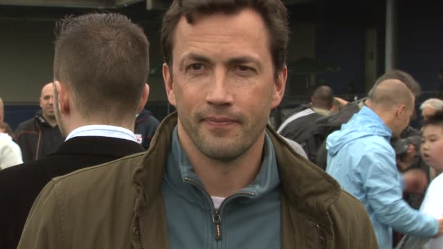 andrew shue at the 2011 tribeca film festival - nyfest at new york ny. - andrew shue stock videos & royalty-free footage
