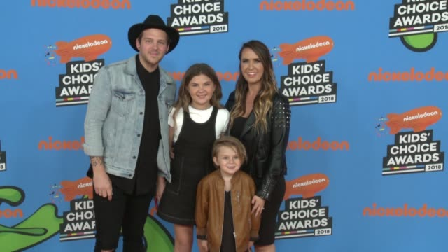 andrew slyfox jaedyn slyfox caspian slyfox and hannah slyfox at the nickelodeon's 2018 kids' choice awards at the forum on march 24 2018 in inglewood... - 31st annual nickelodeon kids' choice awards stock videos and b-roll footage