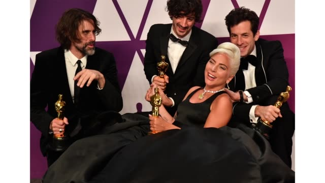 Andrew Wyatt Anthony Rossomando Lady Gaga and Mark Ronson pose with the award for Best Original Song for 'Shallow' in the press room during the 91st...