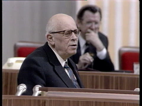 stockvideo's en b-roll-footage met andrey sakharov before congress allunion congress of people's deputies speaking about corruption and organized crime gorbachev invites andrey... - mikhail gorbachev