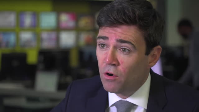 andy burnham, ex-mp and mayor of greater manchester, says that a decision to launch an inquiry into the nhs contaminated blood scandal of the 1970s... - rnaウイルス点の映像素材/bロール
