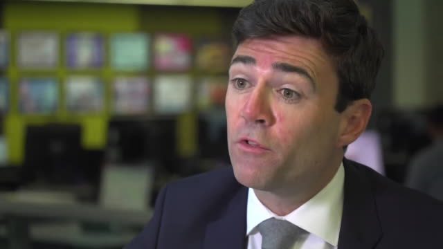 andy burnham, ex-mp and mayor of greater manchester says that it is essential to explore the cover-up of the nhs contaminated blood scandal of the... - rnaウイルス点の映像素材/bロール