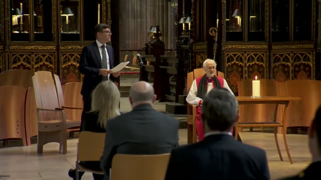 stockvideo's en b-roll-footage met andy burnham, mayor of manchester, speaking at memorial service in manchester cathedral to honour the people who have died from coronavirus in... - memorial