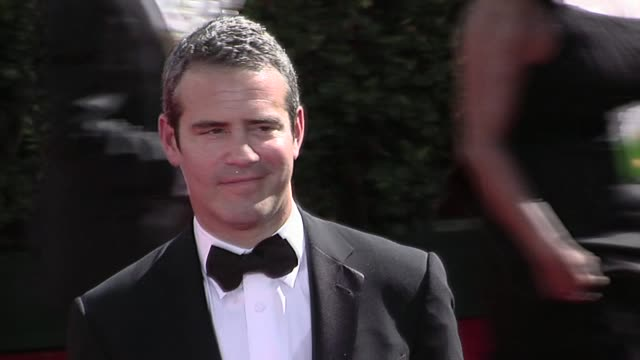 andy cohen at the 61st annual primetime emmy awards arrivals part 3 at los angeles ca - annual primetime emmy awards stock-videos und b-roll-filmmaterial