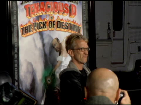 vídeos de stock, filmes e b-roll de andy dick at the 'tenacious d in the pick of destiny' la premiere arrivals at grauman's chinese theatre in hollywood california on november 9 2006 - andy dick