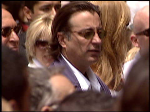vídeos y material grabado en eventos de stock de andy garcia at the dediction of emilio estefan's walk of fame star at the hollywood walk of fame in hollywood california on june 9 2005 - emilio estefan
