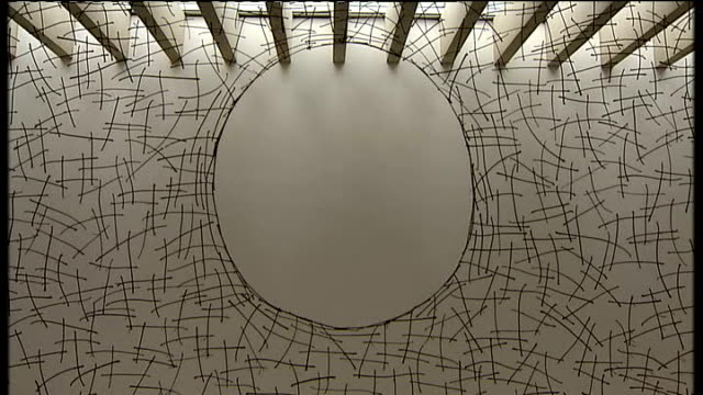 andy goldsworthy retrospective exhibition at yorkshire sculpture park int various shots of exhibit consisting of latticework of horse chestnut stalks... - dornig stock-videos und b-roll-filmmaterial