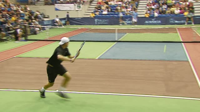 andy roddick and pete sampras at the advanta presents wtt smash hits celebrity tennis tournament at bren center university of irvine in irvine... - andy roddick stock-videos und b-roll-filmmaterial
