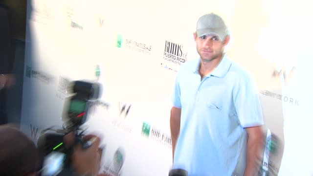 andy roddick at the 10th annual bnp paribas taste of tennis benefit for the food bank for nyc at new york ny - andy roddick stock-videos und b-roll-filmmaterial