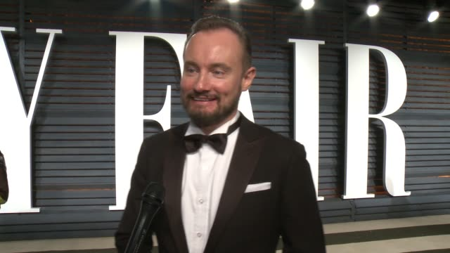 interview andy wright at 2017 vanity fair oscar party hosted by graydon carter on february 26 2017 in beverly hills california - oscar party stock-videos und b-roll-filmmaterial