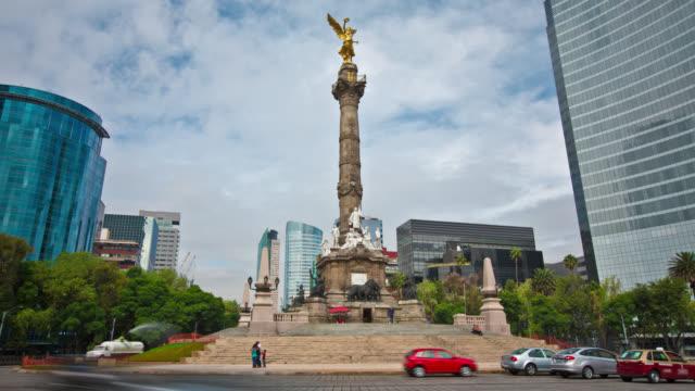 vídeos de stock, filmes e b-roll de anjo da independência da cidade do méxico - monumento da independência paseo de la reforma