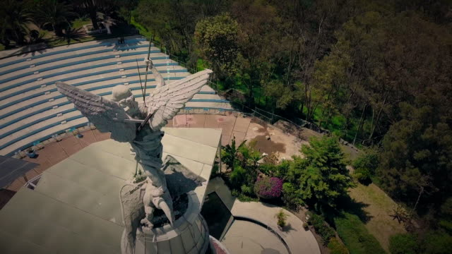 angel of los remedios in naucalpan, mexico - 天使ミカエル点の映像素材/bロール