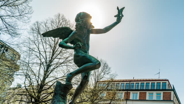 angel statue lens flare time lapse - 1917 stock videos & royalty-free footage