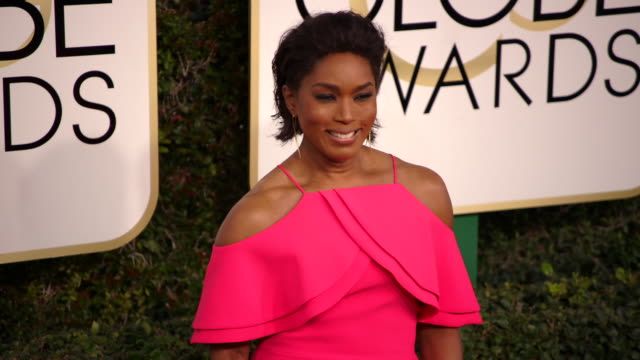 Angela Bassett at 74th Annual Golden Globe Awards Arrivals at The Beverly Hilton Hotel on January 08 2017 in Beverly Hills California 4K