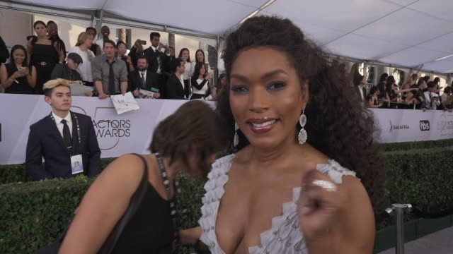 angela bassett at the 25th annual screen actors guild awards social ready content at the shrine auditorium on january 27 2019 in los angeles... - screen actors guild awards stock videos & royalty-free footage