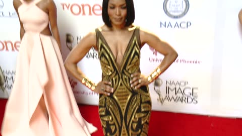 angela bassett at the 46th annual naacp image awards - arrivals at pasadena civic auditorium on february 06, 2015 in pasadena, california. - pasadena civic auditorium stock videos & royalty-free footage
