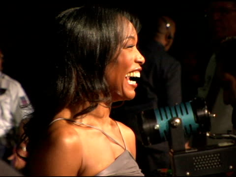 angela bassett at the 'mr 3000' los angeles premiere arrivals at the el kapitan theater in hollywood, california on september 8, 2004. - angela bassett stock videos & royalty-free footage