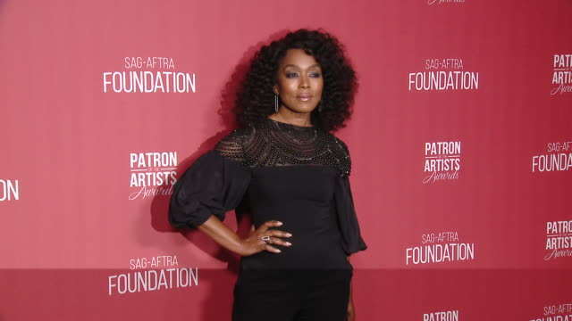 angela bassett at the sag-aftra foundation's 4th annual patron of the artists awards in beverly hills, ca 11/7/19 - angela bassett stock videos & royalty-free footage