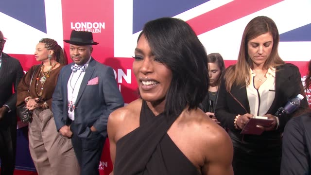 vídeos y material grabado en eventos de stock de interview angela bassett on what audiences should expect from the movie why the characters are more bonded than ever and whats in like to be able to... - cinerama dome hollywood