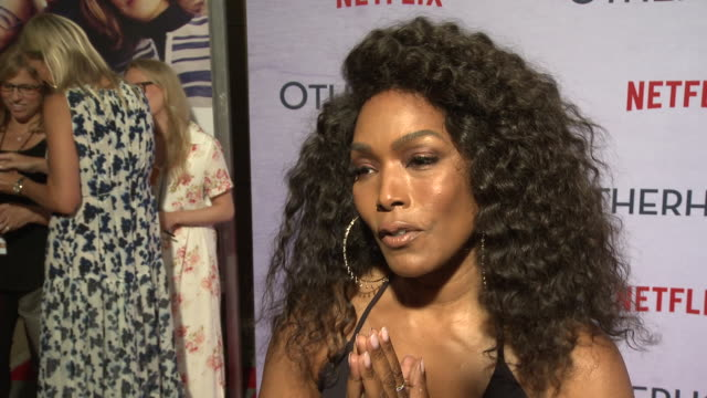 angela bassett on why she loved this story, if she related to the character at the netflix special screening of otherhood in los angeles, ca 7/31/19 - angela bassett stock videos & royalty-free footage