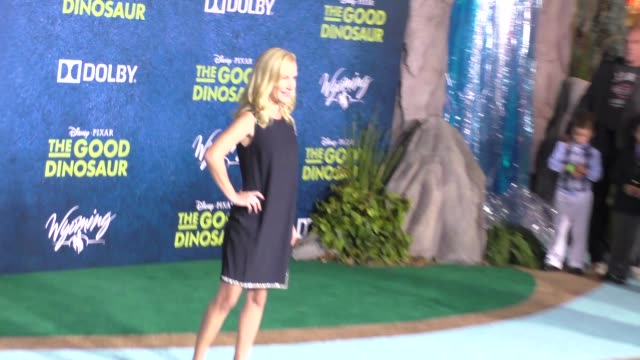 angela kinsey at the good dinosaur premiere at el capitan theatre in hollywood at celebrity sightings in los angeles on november 17 2015 in los... - angela kinsey stock videos and b-roll footage